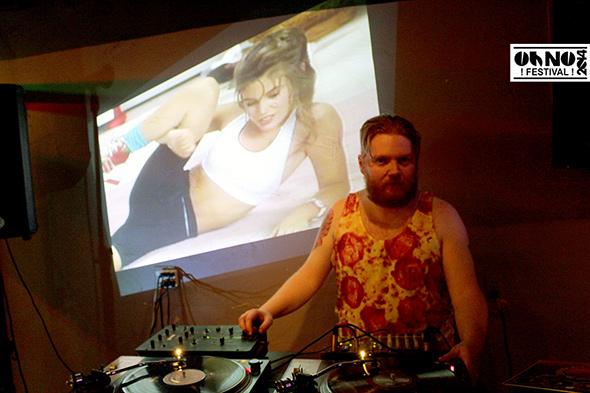 DJ Hartford - Oh No Festival