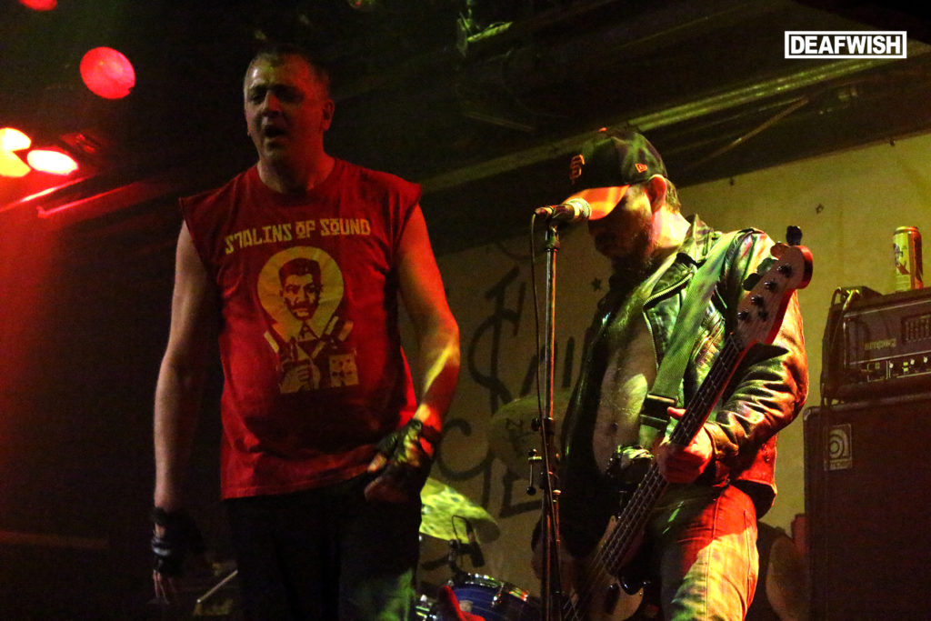 The Dwarves @ Pouzza Fest 2015 #stageDiving #punk #geezerz