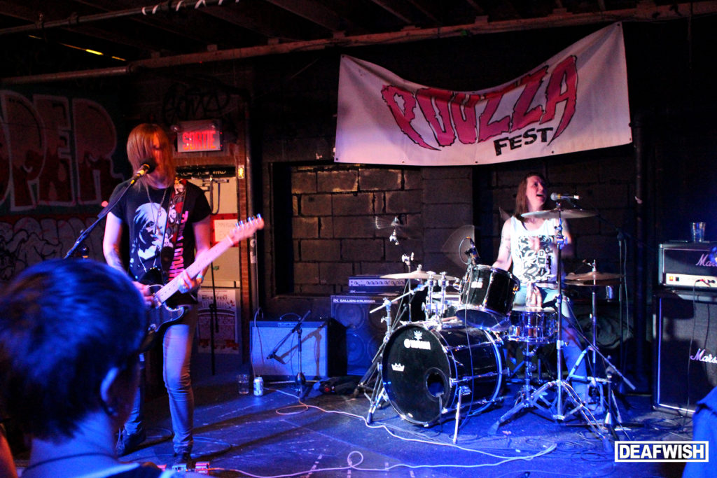 Mobina Galore @ Pouzza Fest 2015 #winnipeg #punk